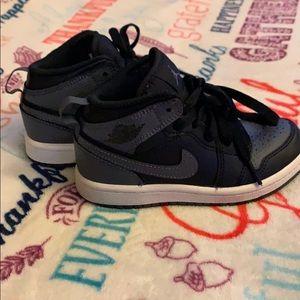 Air Jordan 1s toddler size 11c